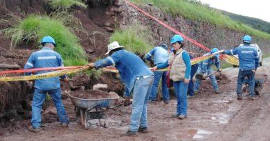 PROFESIONALES DE CULTURA CUSCO INICIAN ACCIONES PARA RESTABLECER MURO INKA COLAPSADO EN ZURITE, ANTA